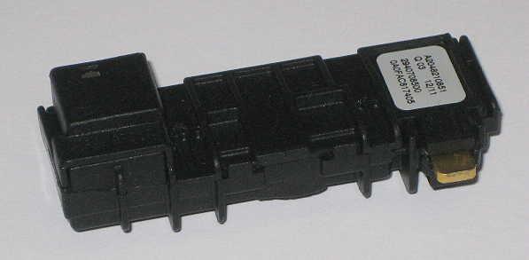 Mercedes Benz Temperatursensor A2048210851