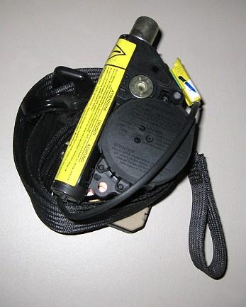 Fiat Stilo Sicherheitsgurt vorne rechts Nr.: 33021172